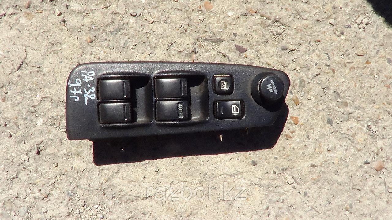 Блок управления стеклоподъёмником Nissan Cefiro