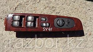 Блок управления стеклоподъёмником Toyota Camry (SV41)