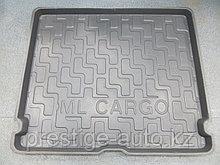Ковер в багажник Mercedes ML-Klass W163