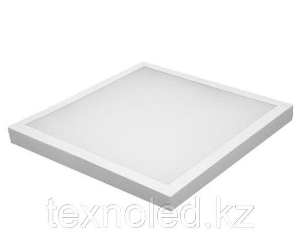 Светодиодный светильник  32W квадратный наклодной