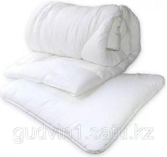 Комплект постельных принадлежностей Perina одеяло и подушка ОП2