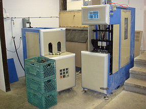 Полуавтомат выдува ПЭТ-тары 1-5 литров, 1000 бут/час