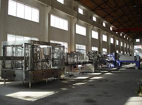 Автомат линия розлива 0,5-2,0-5,0л бутылей минводы и газводы. Выдув ПЕТ-тары.