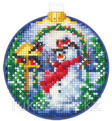 """Набор для вышивания крестом """"Новогодние шары. Снеговик"""""""
