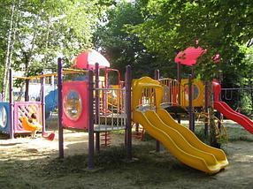Детский игровой комплекс с горкой