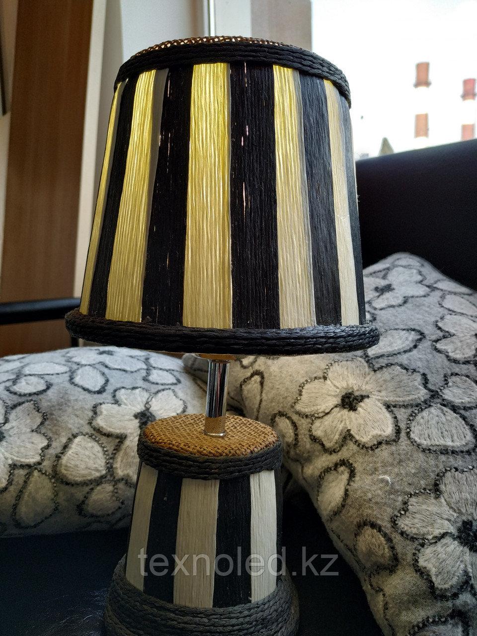 Настольная лампа  Lunar