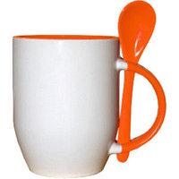 Кружка керамическая  внутри оранжевая с ложкой