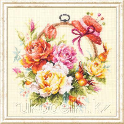 """Набор для вышивания крестом """"Розы для мастерицы"""""""
