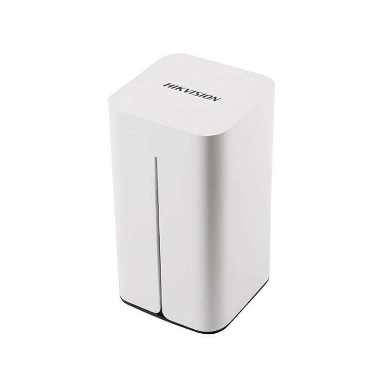 Hikvision DS-7108-NI-E1/V/W/1T 8-ми канальный WI-FI видеорегистратор