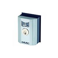 401019003 Ключ выключатель Т10 Е, комбинация №3 монтаж в стойку или на стену с одним микровыключател