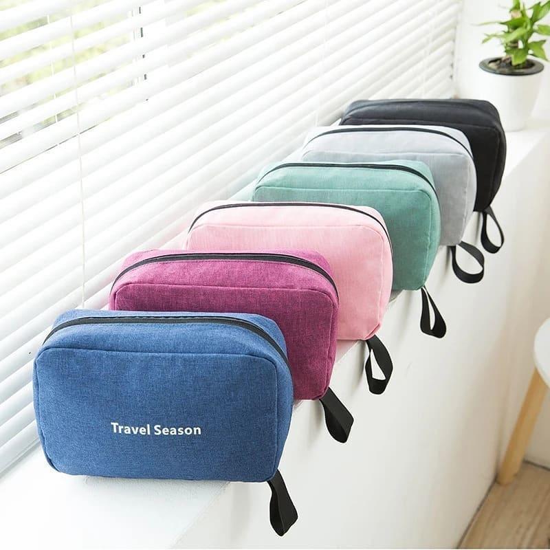 Светло-розовая сумочка для хранения мелочей