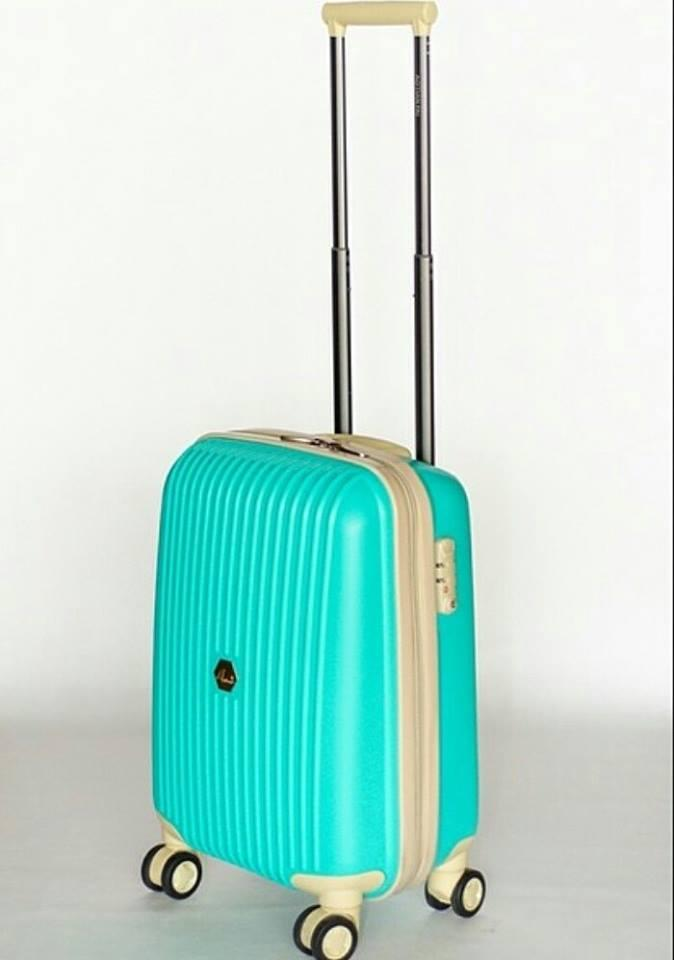 """Большой чемодан салатовый """" Aotian """" из пластика"""