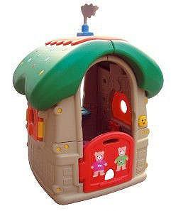 Детская площадка, домик