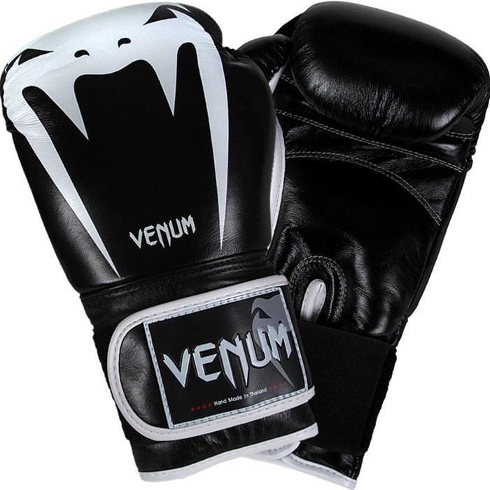 Боксерские перчатки Venum Tribal Boxing Gloves