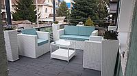 Класический набор мебели из искусственного ротанга 1 стол + 2 кресла + 1 диван