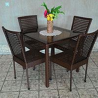 Комплект из искусственного ротанга 4 стула 1 стол