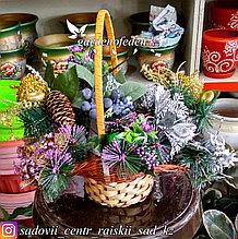 Новогодний декор. Украшенные веточки в вазочку (цена за 1 веточку).