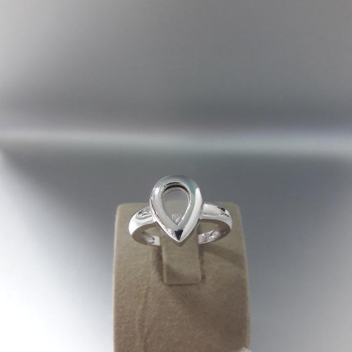Кольцо / размер 17,5