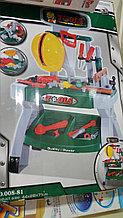 Инструменты для мальчишек со столешницей