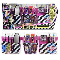 Monster High Игровой набор детской декоративной косметики с поясом визажиста, фото 1