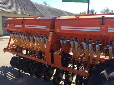 Зерновая сеялка Favorit СЗФ-4000-V (Вариаторная)