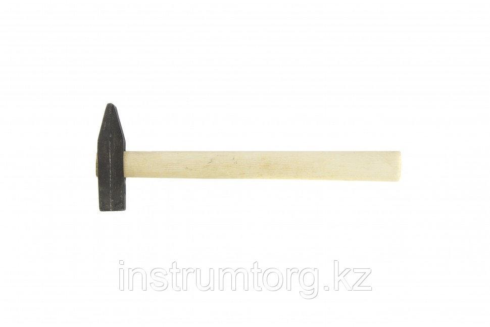 Молоток слесарный, 600 г, квадратный боек, деревянная рукоятка// Россия