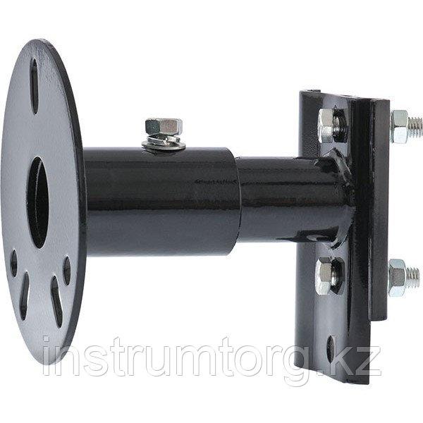 Устройство для крепления реечного домкрата к запасному колесу// Stels