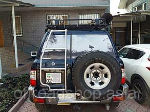Лестница на заднюю дверь Nissan Patrol Y61