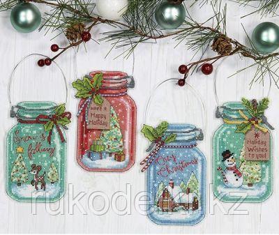 """Набор для вышивания крестом """"Рождественские украшения"""""""