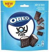 Хрустящие подушечки  Joyfills Oreo Choco Caramel Biscuits Soft 90g