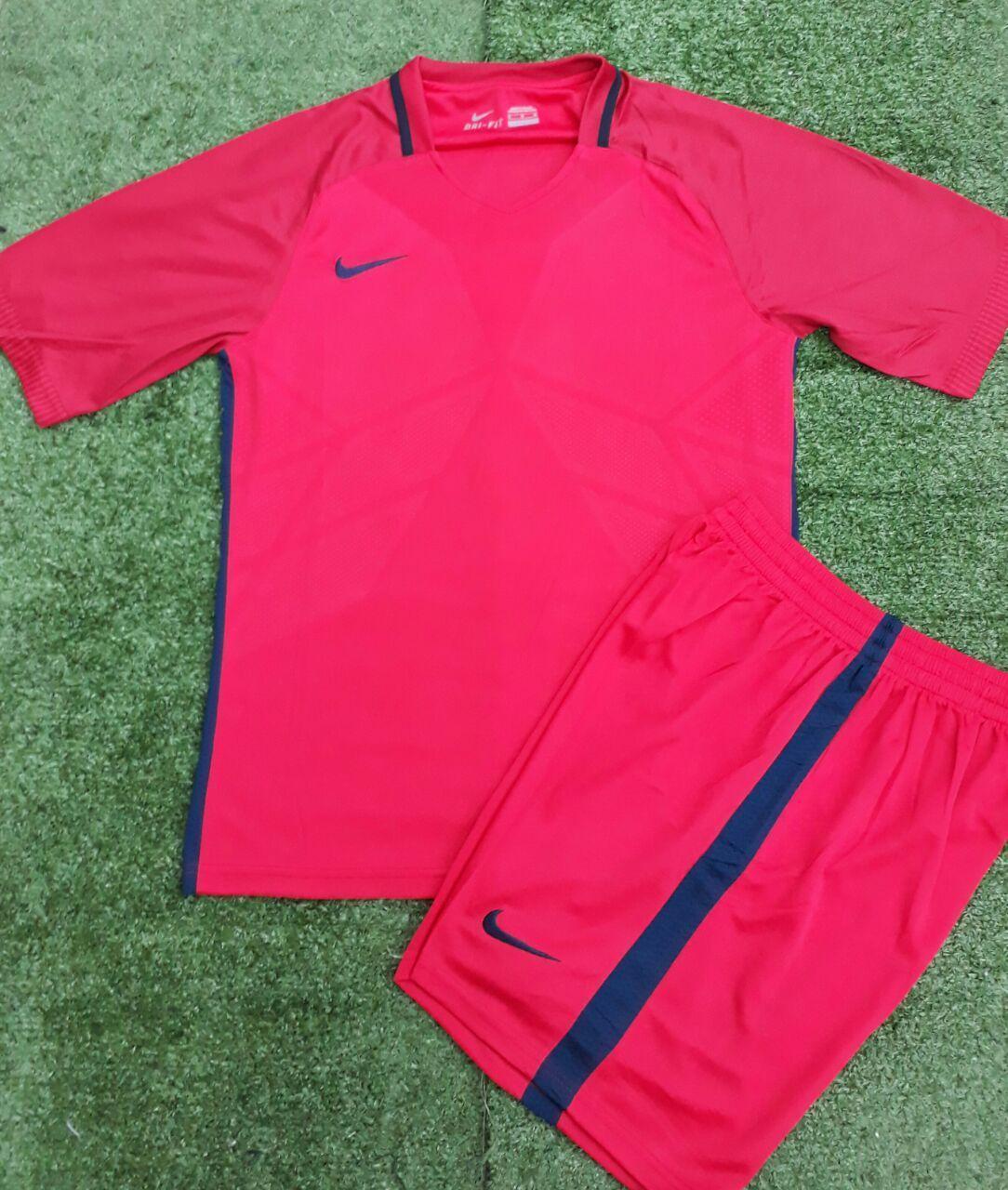 Футбольная форма на команду Nike взрослые