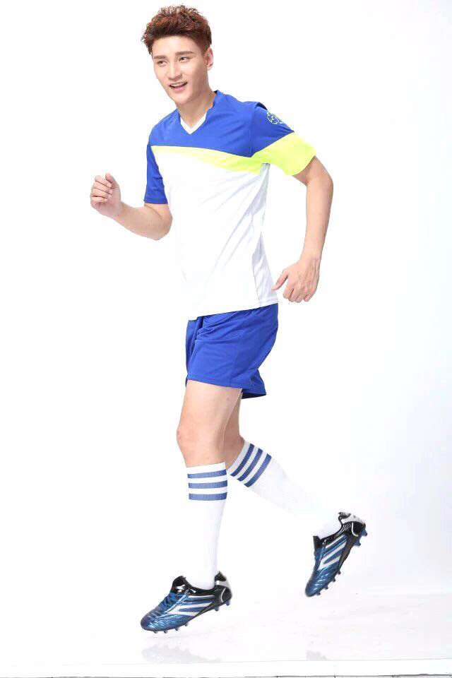 Детская футбольная форма