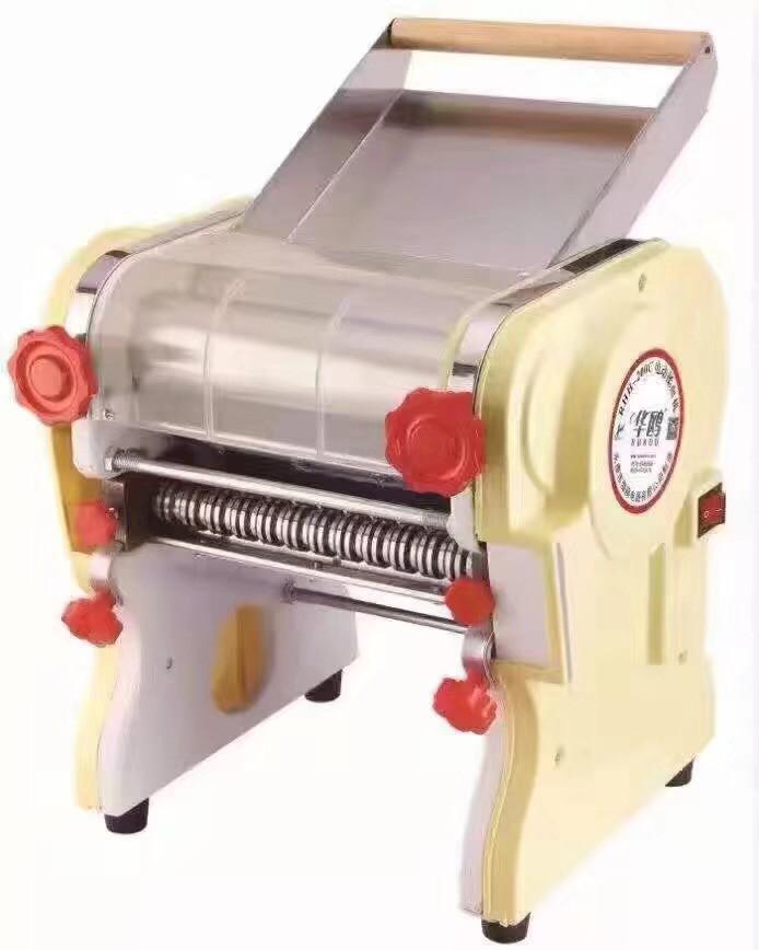 Тестораскаточная машина 22 см с лапшерезкой