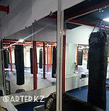 Зеркало в боксерском клубе, фото 2