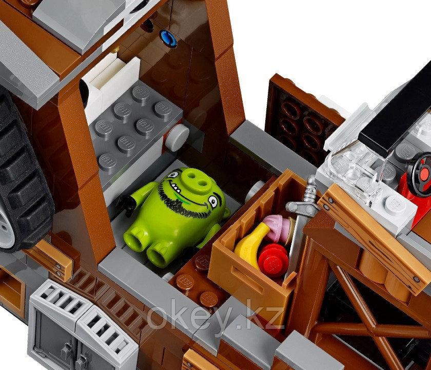 LEGO Angry Birds: Пиратский корабль свинок 75825 - фото 6