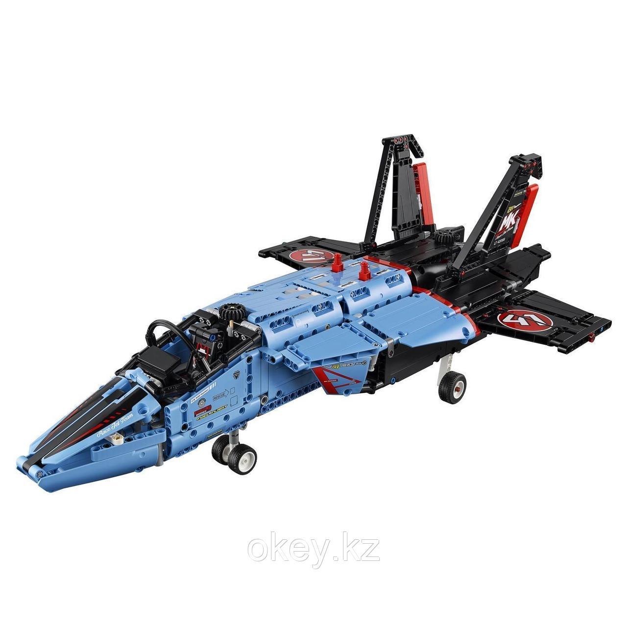 LEGO Technic: Сверхзвуковой истребитель 42066 - фото 3