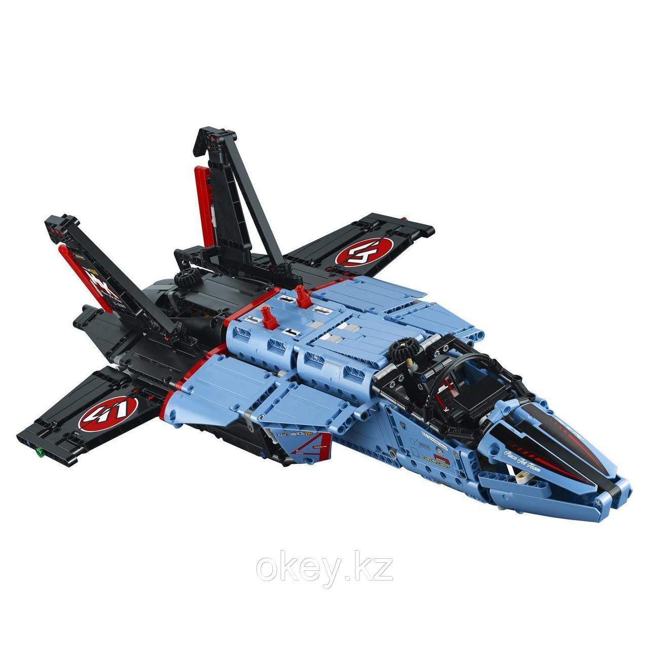 LEGO Technic: Сверхзвуковой истребитель 42066 - фото 4