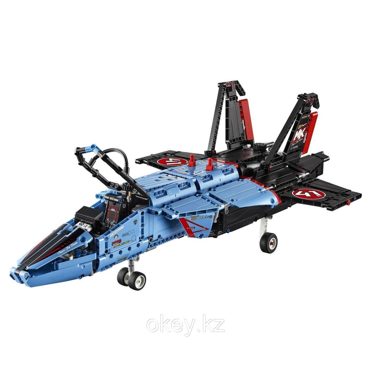 LEGO Technic: Сверхзвуковой истребитель 42066 - фото 5