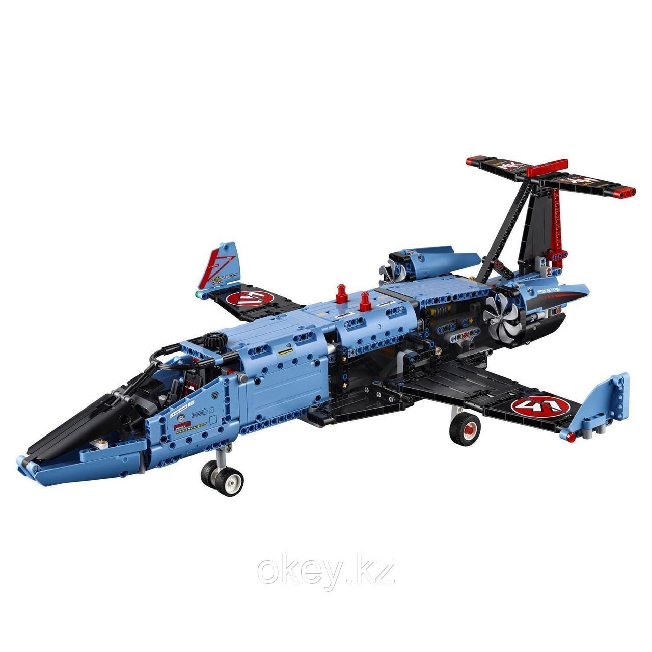 LEGO Technic: Сверхзвуковой истребитель 42066 - фото 6