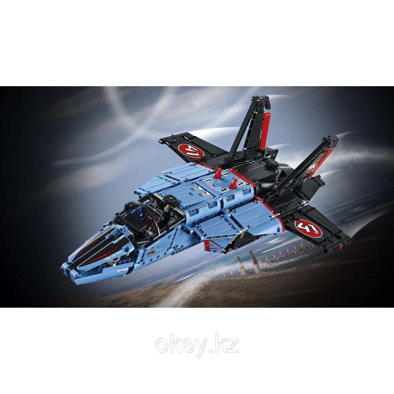 LEGO Technic: Сверхзвуковой истребитель 42066 - фото 9