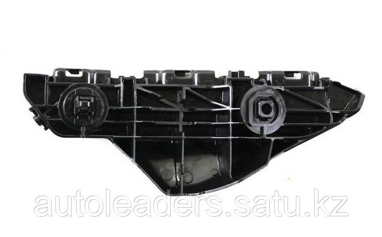 Салазка (крепление бампера) FL Yaris Sedan 2007-