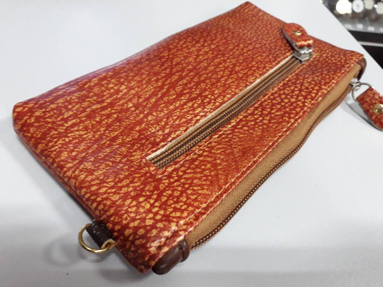 Женский кошелек-клатч с ремешком