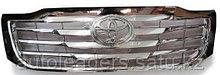 Решетка радиатора Toyota Hilux 2011-2014