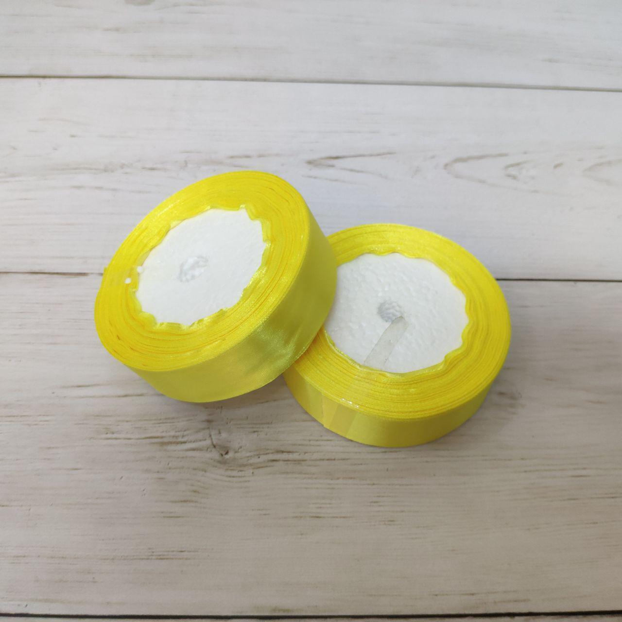 Лента атласная 25мм желтый