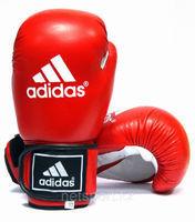 Боксерские перчатки Adidas
