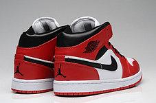 Баскетбольные кроссовки Nike Air Jordan 1 поколение бело-красные, фото 2