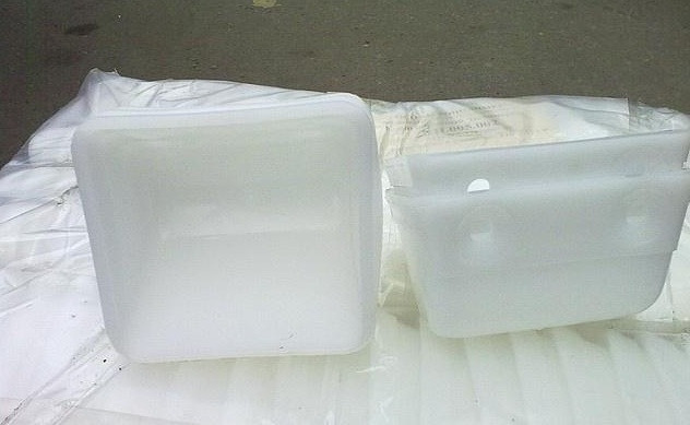 Ковш полимерный для нории КН.050.002 (160*150*130мм)