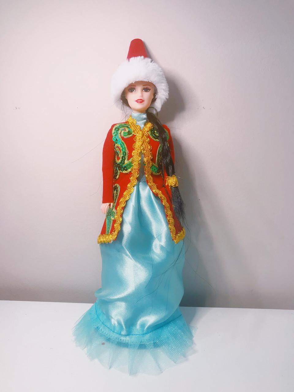 Кукла в казахском национальном наряде