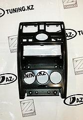Центральная консоль 1DIN черная на Приору 1