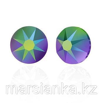 Swarovski Crystal Scarabaeus Green ss5, 20шт.